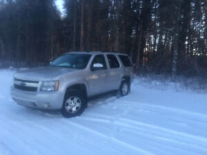 2007 Chevrolet Tahoe Ly SUV, Crossover