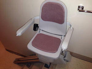 """4 Stair - 66"""" rail Stairlift"""
