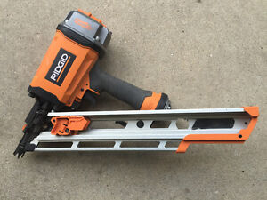 Rigid R350CHE Clipped Head Framing Nailer with Nails