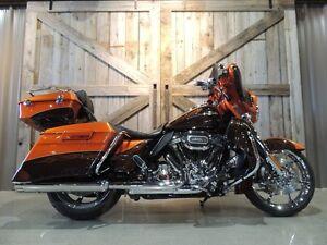 2012 Harley-Davidson FLHXSE3 - CVO Street Glide