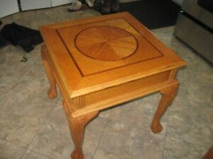 SOLID LITTLE WOODEN LIVING ROOM TABLE
