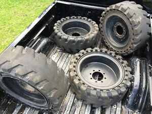 Solid rubber skid steer tires and rims(Solidair brand)