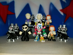 Sci-fi mystery minis