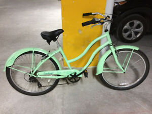 Norco ladies retro cruiser bicycle