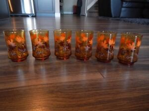 "*Vintage* (x6) From the 60s Amber juice glasses (4"" x 2"")"