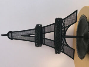 Eiffel Tower earring stand