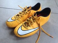 Nike mounded football boots size 5