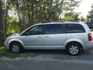 For Sale - 2009 Dodge Grand Caravan SE Stow and Go