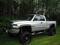 2002 Dodge Power Ram 2500 Laramie slt Pickup Truck