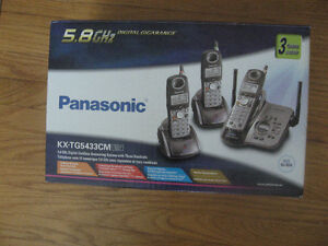 Panasonic Digital Cordless Answering System - 3 phones