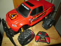 "***LARGE 14""  REMOTE CONTROL FORD F150 WORKS GREAT!!!***"