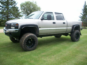 2006 GMC Sierra 1500 HD Pickup Truck