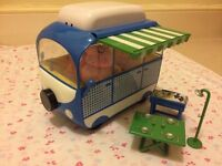 Peppa pig camper van with figures and accessories