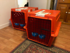 2 Pet carrier available