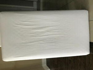 Organic Baby Crib Mattress, Pottery Barn fitted Sheet, Like New