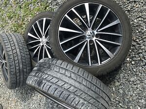 17inch Alloy VW wheels and barely used summer tires