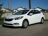 MUST SELL THIS WEEK!!!   NEW 2015 KIA FORTE -  1800km's - $18500