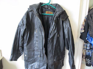 skin fond international leather jacket  black size lge