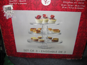 BRAND NEW: 3 tiered glass cake plates from PC