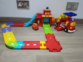 Toot Toot Fire Station and Fire Engine Set