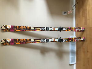 162 Roxy G1 skiis and integral bindings in great used condition