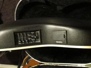 Ovation Celebrity Model Guitar, acoustic - electric,+ small amp. Peterborough Peterborough Area image 3