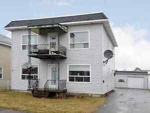 Maison duplex à vendre dans la région de Valleyfield West Island Greater Montréal image 1