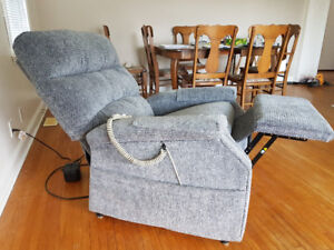 Pride Electric Recliner / Lift Chair