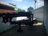 Remorque plate forme 3 essieux, 32 pieds