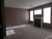 Spacious 3-bdrm townhouse. Free July-2015 rent. (Strathmore)