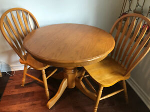 Round Solid Pine Table and 2 Chairs