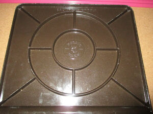 Brand new never used backsplash griddle by Nordic Ware