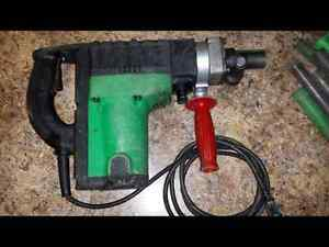 Hitachi dh40fa rotary hammer with bits and chisels