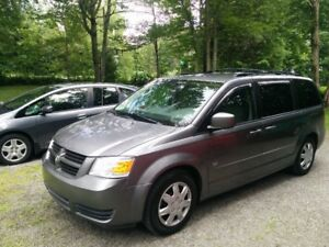 2009 Dodge Grand Caravan SE V6 3.3L automatique Gris