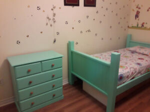 twin bunk bed...moving sale 2 twin bed