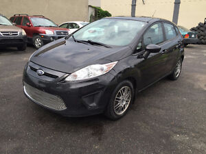 2012 Ford Fiesta SE Berline HATCHBAG automatique 1.6L