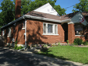 4 Bedroom House For Rent on Country size lot for October 1