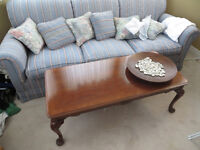 """Excellent quality 84"""" couch  ***New price**  **Must sell**"""