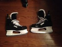 hockey skates - Bauer Tacks size 10 mens. excellent condition