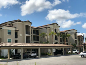 Florida condo for rent, 5*gated community on a TPC golf course.