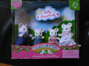 Calico Critters The Milky Mouse Family