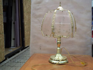 Table lamps and floor lamps