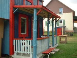 Maisonnette, 2 étages, a vendre......prix demander.$1500.
