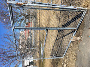 steel fencing approx 40 ft