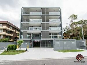 ID 3852778 - Fabulous Spacious 2 Bedroom 2 Bathroom Apartment wit Auchenflower Brisbane North West Preview