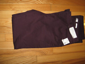 Ladies NORTHERN REFLECTIONS Pants NEW WITH TAG $ 10.00