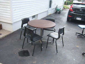 Table with 4 chair's ONLY $28.50