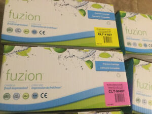 Samsung Toner - for CLP320 and CLX3185- still in box