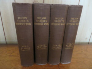 The New Student's Reference Work (1909) ( 4 volumes)