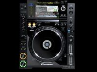PIONEER CDJ 2000 PAIR (TOP CONDIDTION)